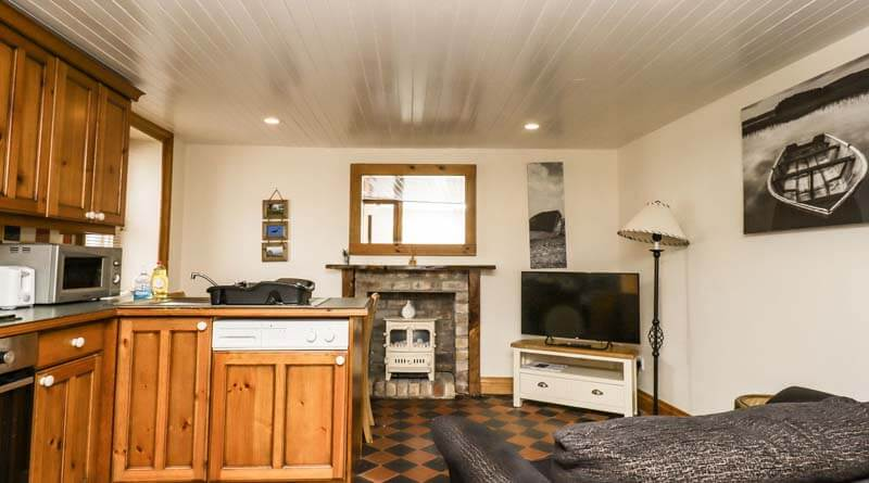 2 Burnside Place, Kirkcudbright, Dumfries and Galloway